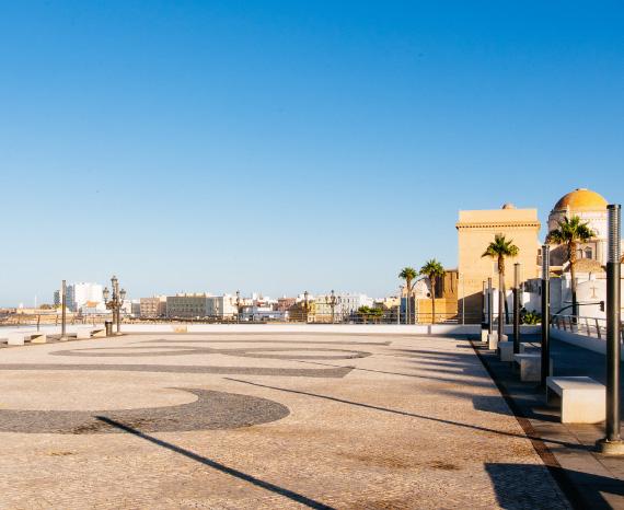Reyes Aragón. Mantenimientos y construcciones